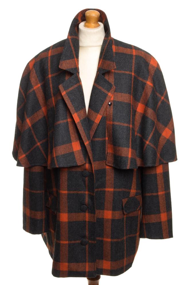 vintagestore.eu_givenchy_en_plus_jacket_with_cape_IGP0013