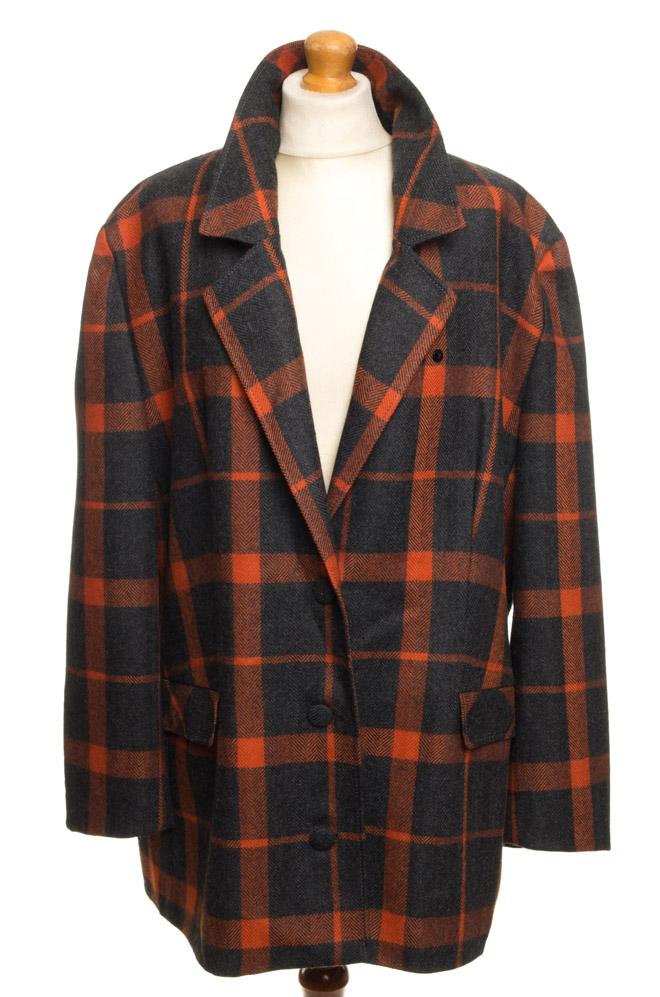 vintagestore.eu_givenchy_en_plus_jacket_with_cape_IGP0016