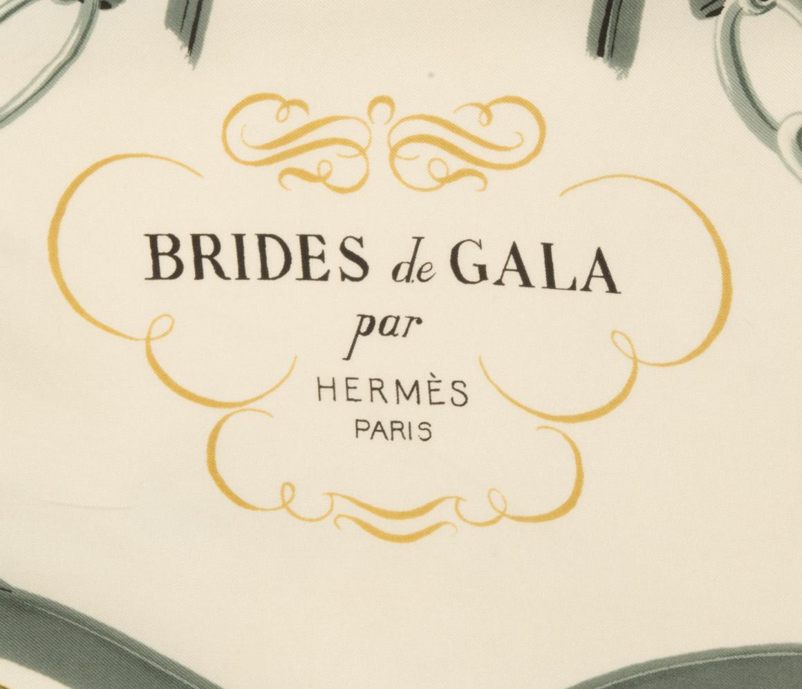 vintagestore.eu_hermes_paris_brides_de_gala_scarf_IGP0423