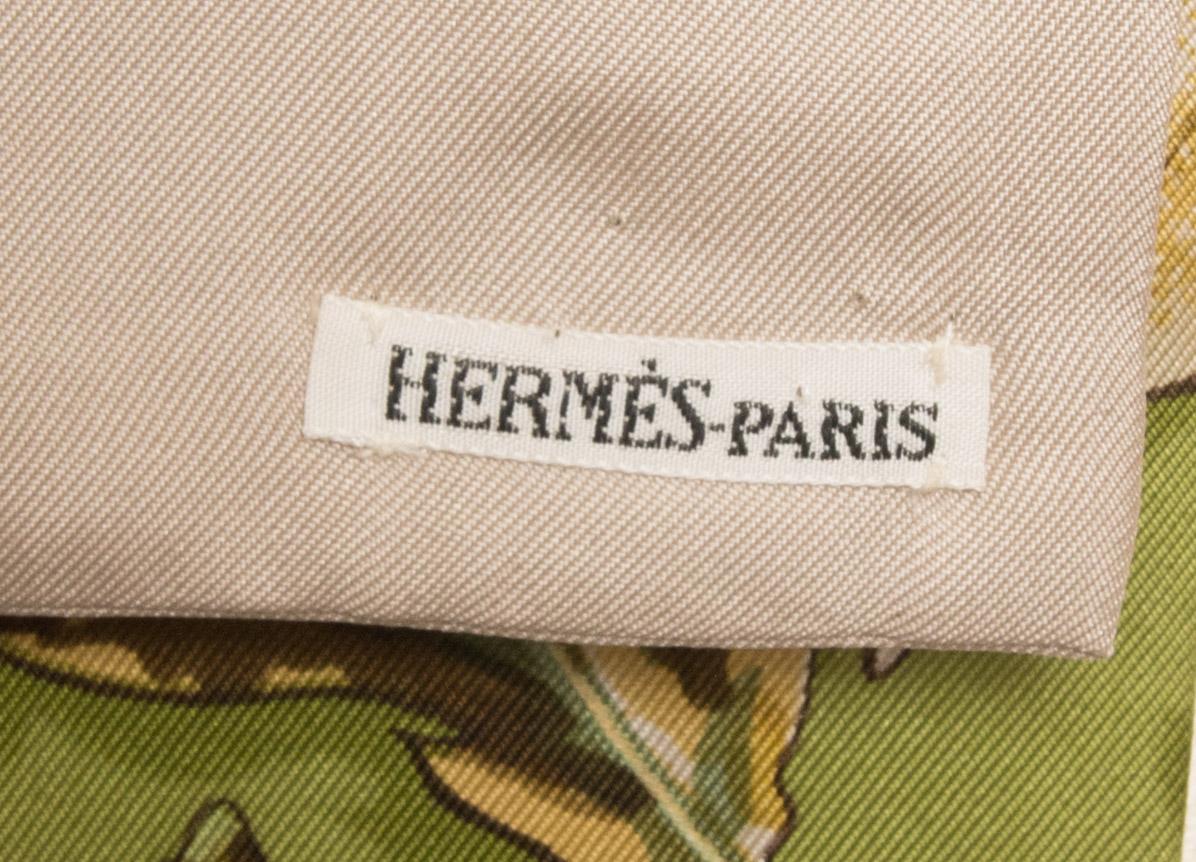 vintagestore.eu_hermes_paris_feuilles_d'automne_tourbillions_scarf_IGP0393
