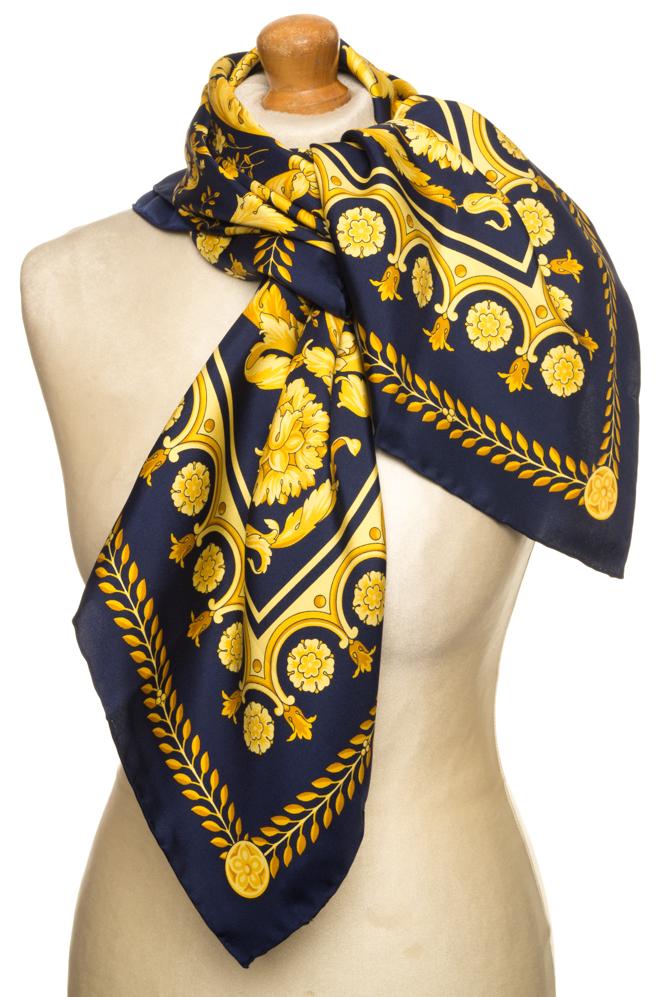 vintagestore.eu_versace_classic_scarf_silk_IGP0445