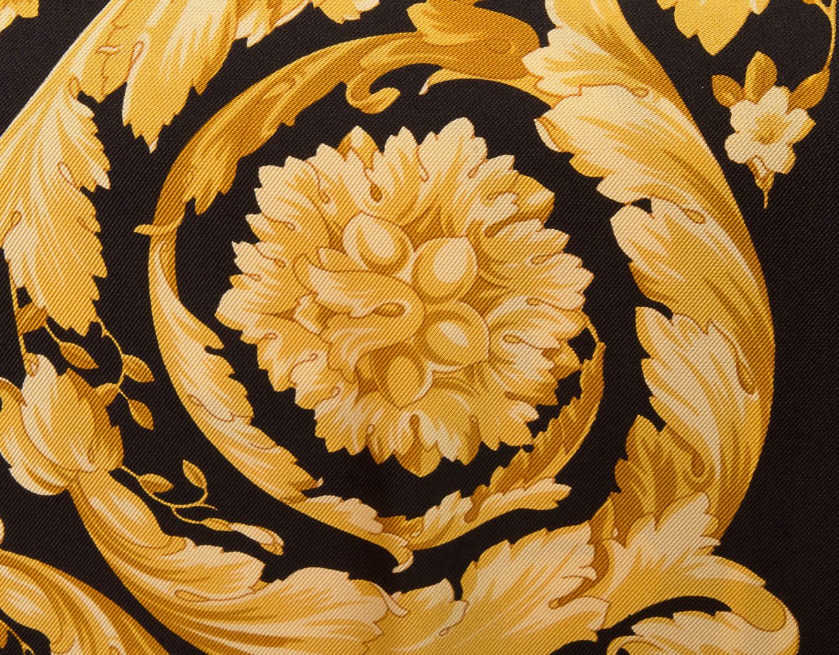 vintagestore.eu_versace_atelier_silk_scarf_IGP0411