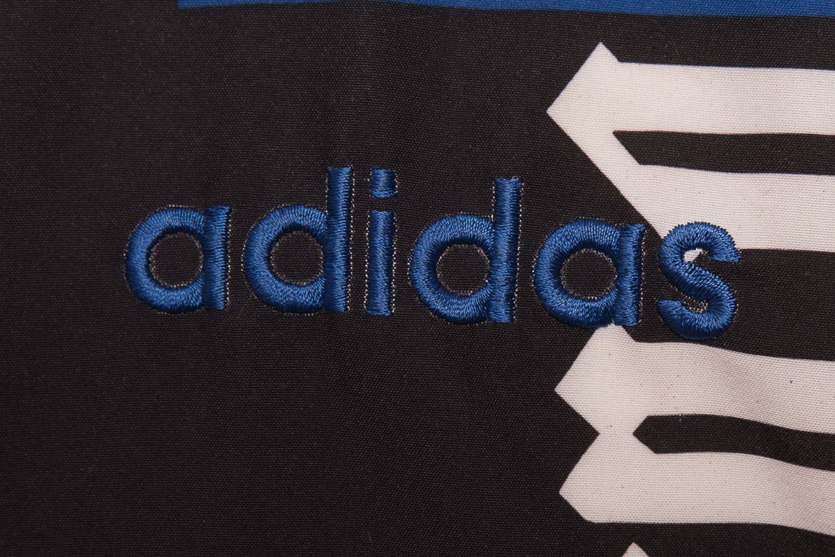 vintagestore.eu_vintage_90s_adidas_windbreakerDSC_2219